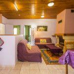 Cuisine ouverte sur salon-séjour Gîte Framboise 4/6 personnes